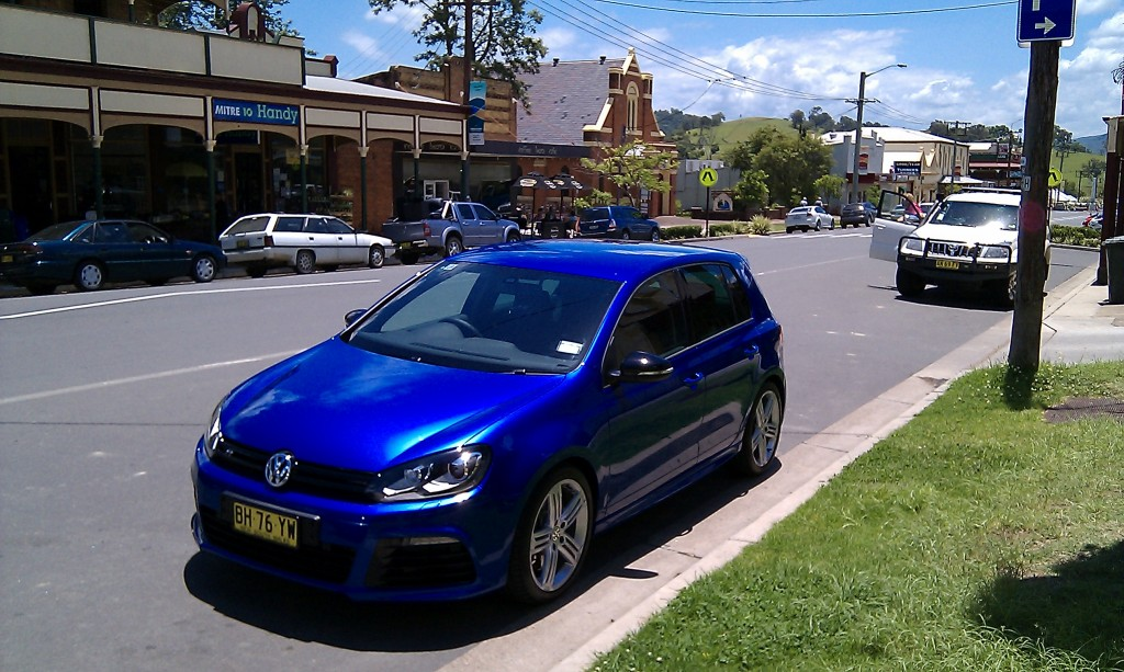 car in Dungog 13/12/2010
